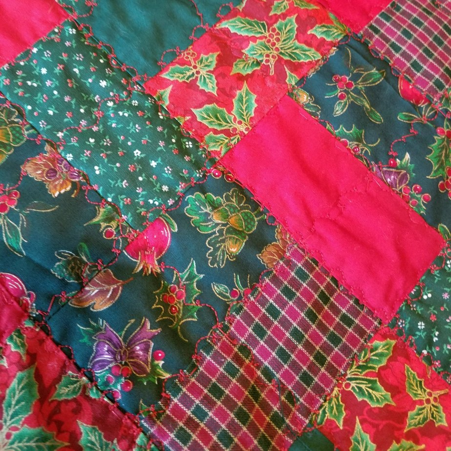 Ideas for old Christmas Linens andFabrics